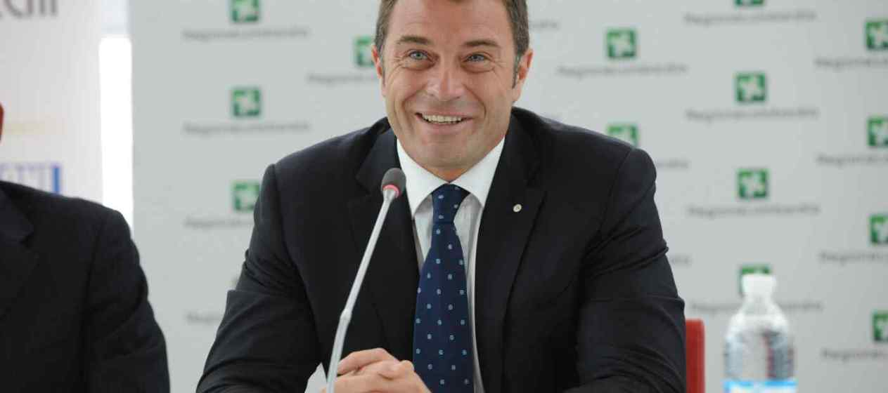 L'assessore allo Sport e Politiche giovanili Antonio Rossi (regione Lombardia)
