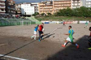 """Pro Calcio Lenola: Al """"Mario Colpavolpe"""" va di scena la sfida testa-coda dell'8^ giornata."""
