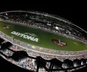 DAYTONA BEACH, FL - JULY 03:  Kevin Harvick, driver of the #29 Shell/Pennzoil Chevrolet leads the field during the NASCAR Sprint Cup Series Coke Zero 400 at Daytona International Speedway on July 3, 2010 in Daytona Beach, Florida.  (Photo by Chris Graythen/Getty Images)