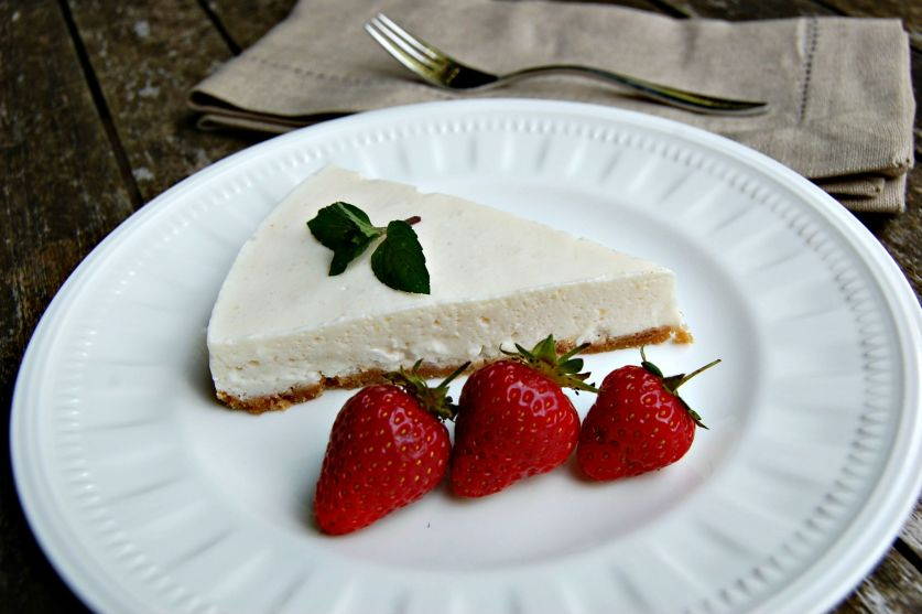 Cheesecake on plate