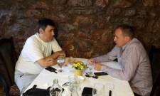 Дејан Раденковић посетио рањеног новинара