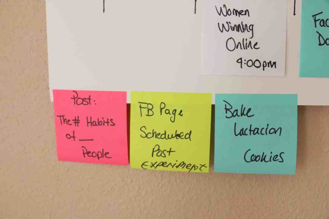 Super Simple Weekly Schedule to Get Stuff Done Post-it Notes Organize and Schedule my Life with Post it notes - Super Simple Hack! 8