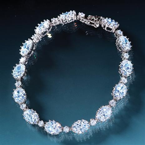 DiamondAura Rivier Bracelet