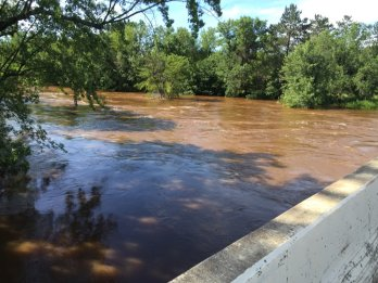 Rivers Rising: St. Croix Tributaries Send Rain Surge Toward Stillwater