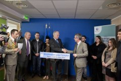 signature_convention_emplois_avenir_mr_ayrault__mr_troussel_pole_emploi_pantin_23_03_13_9354