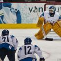 2010_olympics_swe_vs_fin_womens_bronze-40