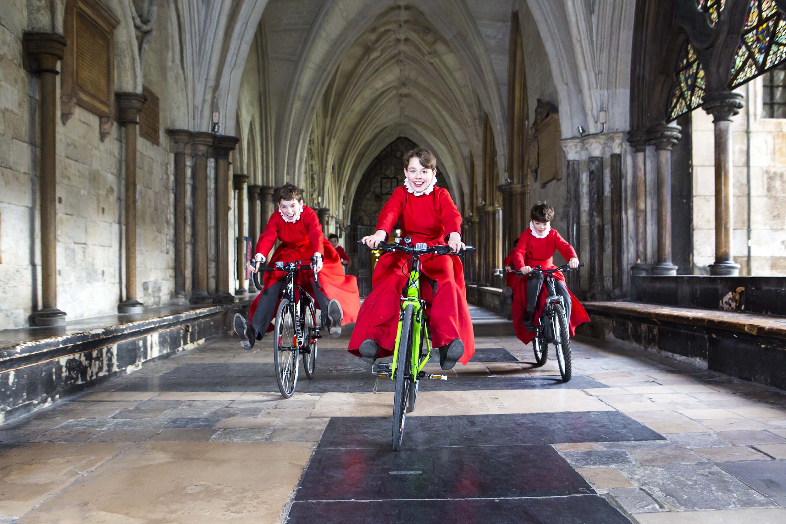 Choirboys-Bikes-SB_01