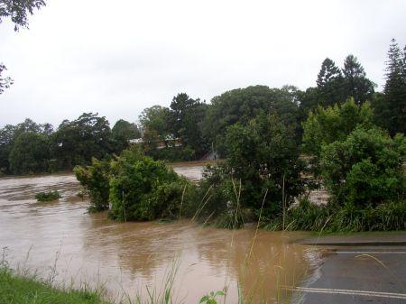 Bellingen Flood April 1, 2009 - Lavender's Bridge
