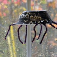 Hanging Spider Craft for Preschoolers
