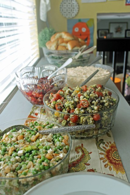 Holiday Tablescape 06