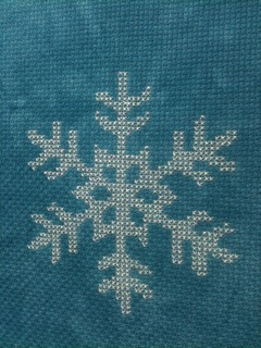 snowflake-cross-stitch