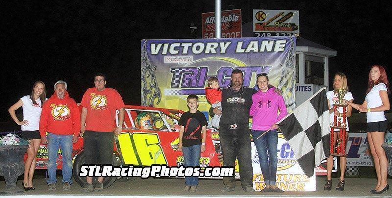 Scott Bloomquist, Rusty Griffaw & John Stanton take Tri-City Speedway victories!