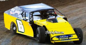 Justin Reando at Federated Auto Parts Raceway at I-55 on March 26th, 2016.
