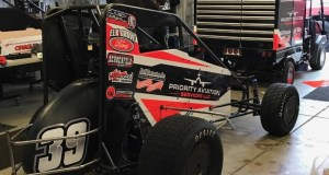 "The Clauson/Marshall Racing #39 that Ricky Stenhouse, Jr. will race this Thursday night, October 20 during the USAC National Midget Championship's ""Jason Leffler Memorial"" at Wayne County Speedway in Wayne City, Illinois."