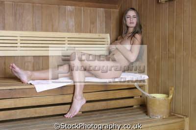 lesbian sauna nude