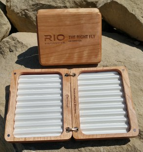 Custom Corporate Fly Box RIO