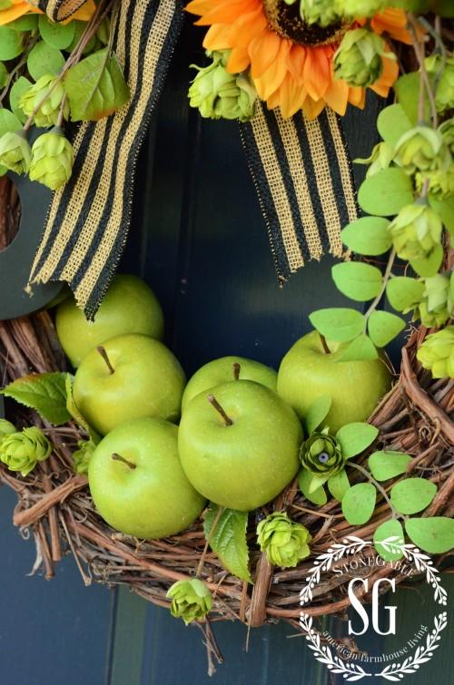 Early-fall-wreath-apples-sunflowers-stonegableblog.com