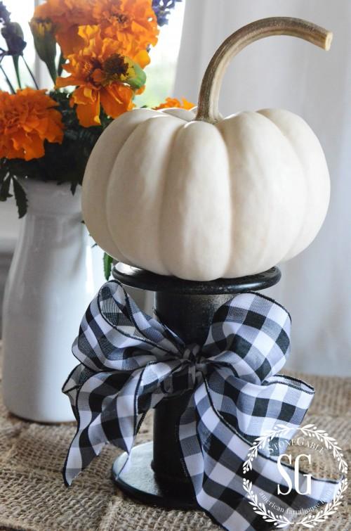 TRASH TO TREASURE-- spool with pumpkin-stonegableblog.com