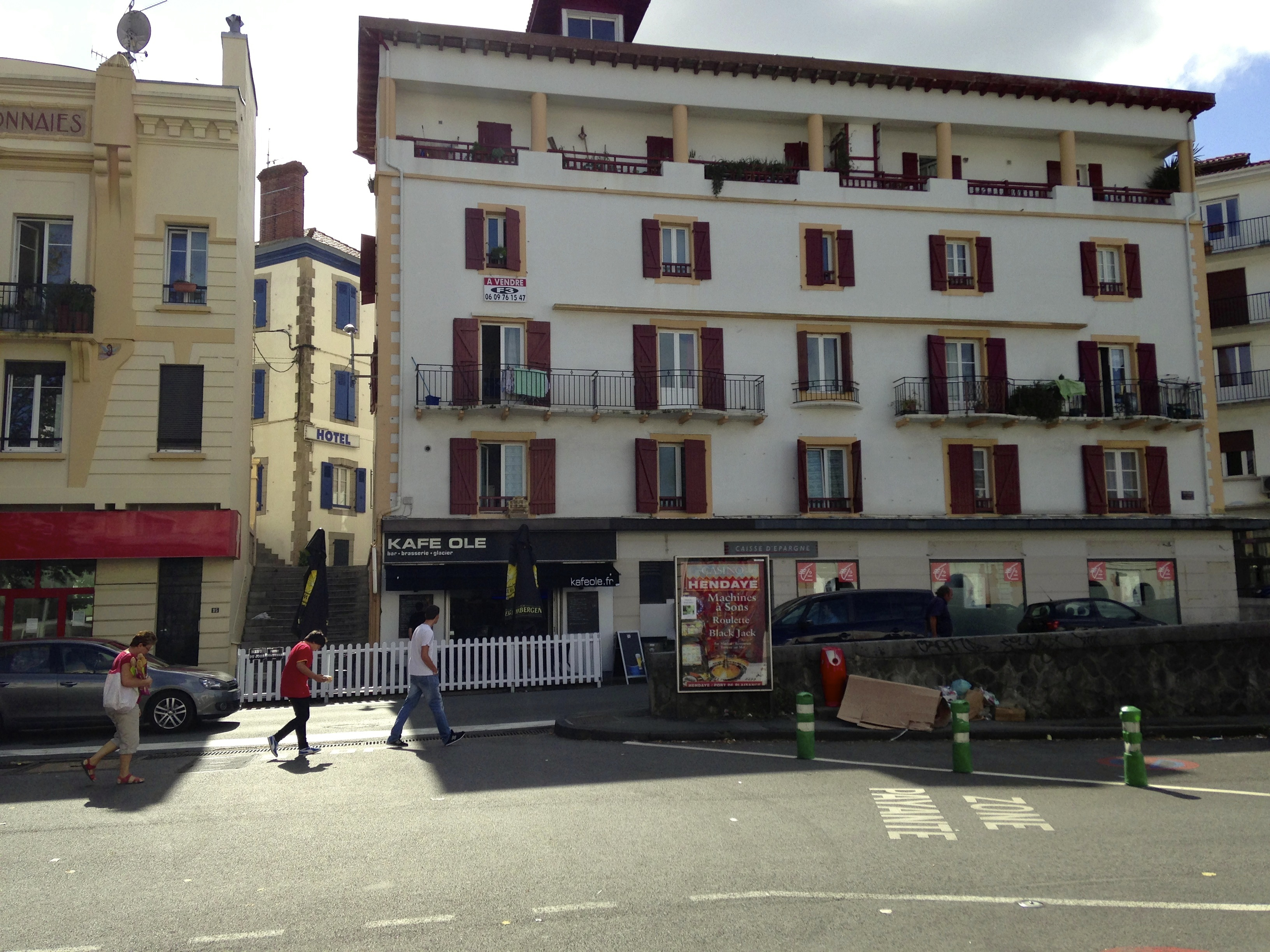 From st jean pied de port to espinal stories in trees - St jean pied de port to santiago distance ...
