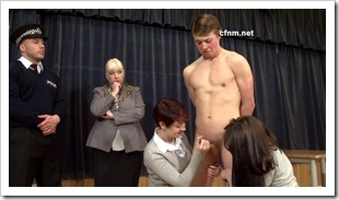clother female - nude male - Business Fair Demonstration (9)