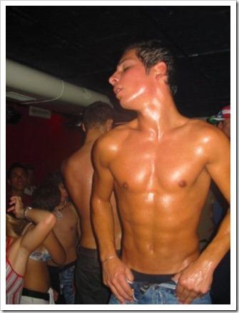straight men nude