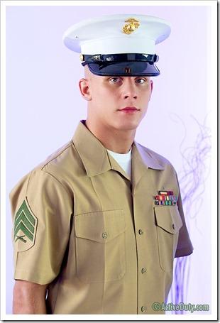 porn-army-gay-Fun-Size Marine Shawns Uniformed Solo (1)