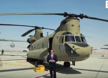 Video: US Army CH-47 Chinook at Dubai Airshow 2015