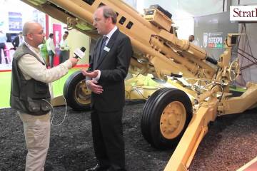 Video: BAE Systems M777 artillery at #DefExpo2016