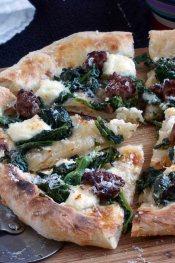 broccoli rape, sausage & ricotta pizza