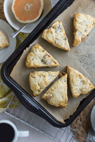 Walnut, Date & Gouda Scones