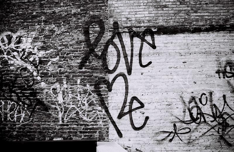 love_me_street_art_in_soho.jpg
