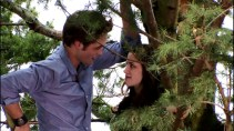 Twilight-Behind-the-Scenes-robert-pattinson-and-kristen-stewart-29889727-1366-768
