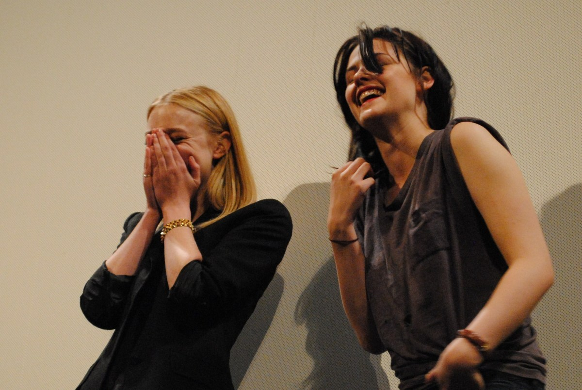 Kristen-Dakota-in-Austin-the-SXSW-Q-A-HQ-kristen-stewart-11022698-2560-1715