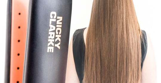 Nicky Clarke Supershine 235°C Ionic Steam Conditioning System Hair Straighteners
