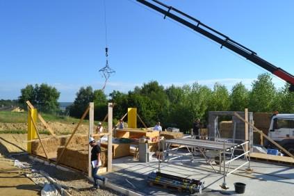 STEP-3-Lasttragender-Strohballenbau-Workshop-201