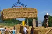 STEP-3-Lasttragender-Strohballenbau-Workshop-286