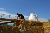 STEP-3-Lasttragender-Strohballenbau-Workshop-307