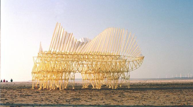 Theo Jansen : l'artiste qui crée de nouvelles formes de vie