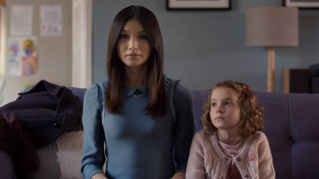 The arrival of android housekeeper Anita (Gemma Chan) divides Humans' Hawkins' family, with youngest daughter Sophie (Pixie Davies) her biggest fan.