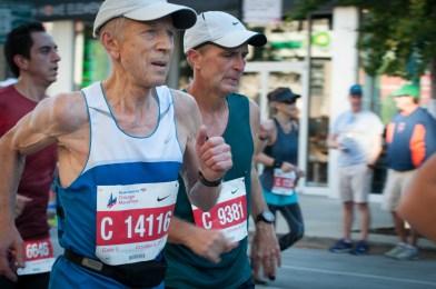 Dmytro Lebedev At the course Chicago marathon
