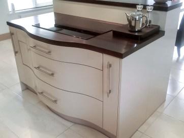Cream-High-Gloss-Kitchen-5-Stylecraft-Kitchens-and-Bedrooms-Cork