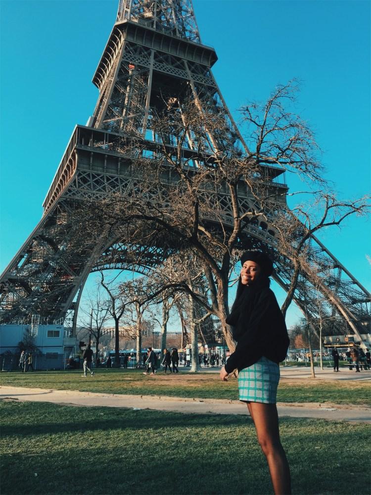 cute girl paris beret eiffel tower