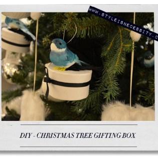 DIY - CHRISTMAS TREE GIFTING B...