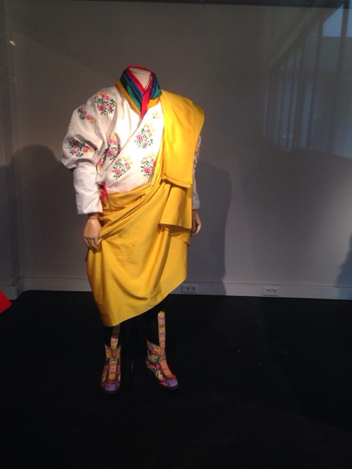Ethnic dress-up / Antwerp Fashion academy