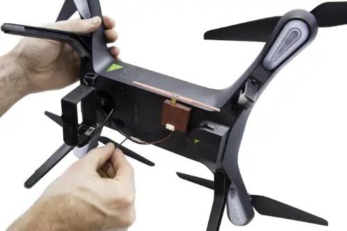 uAvionix Ping installed on 3DR Solo quadcopter (PRNewsFoto/uAvionix Corporation)