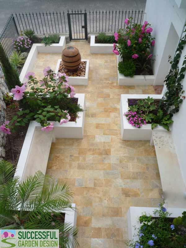 Planting a courtyard garden for Successful garden design