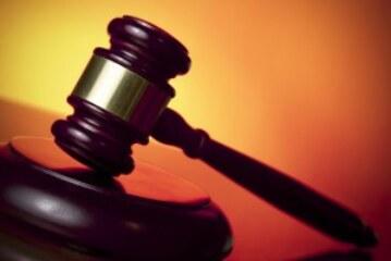 مطالبات بتحريك إجراءات قانونية ضد سارة نقد الله