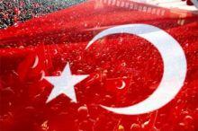بالصورة.. مرشح مستقل لانتخابات تركيا يخطب بلا جمهور