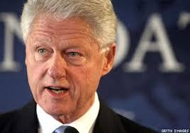 كلينتون سيتوقف عن القاء كلمات مدفوعة الاجر إذا اصبحت زوجته رئيسة لأمريكا
