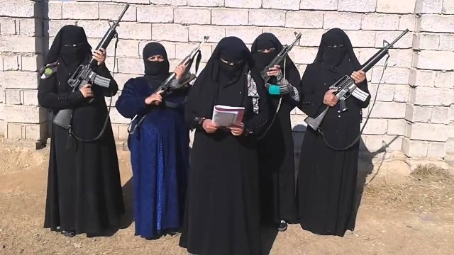 """طريقة """"الدولة الإسلامية"""" لاجتذاب النساء و""""عرائس الجهاد"""""""